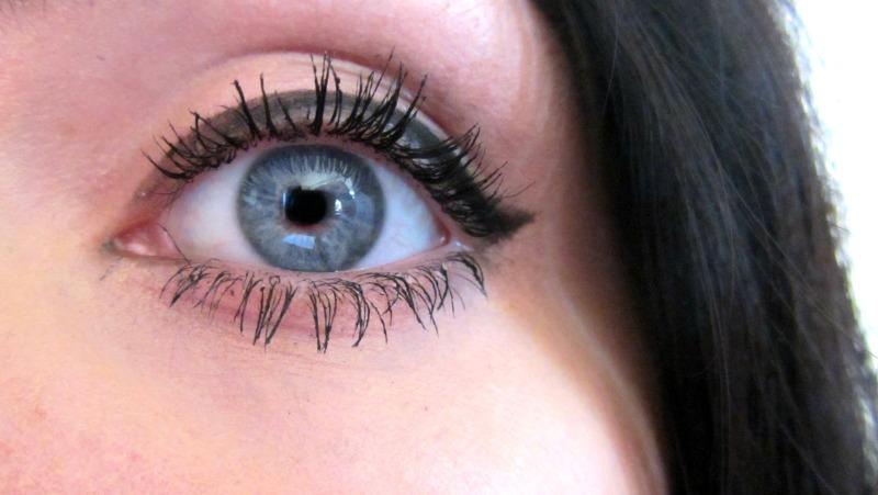 lilash eye 1